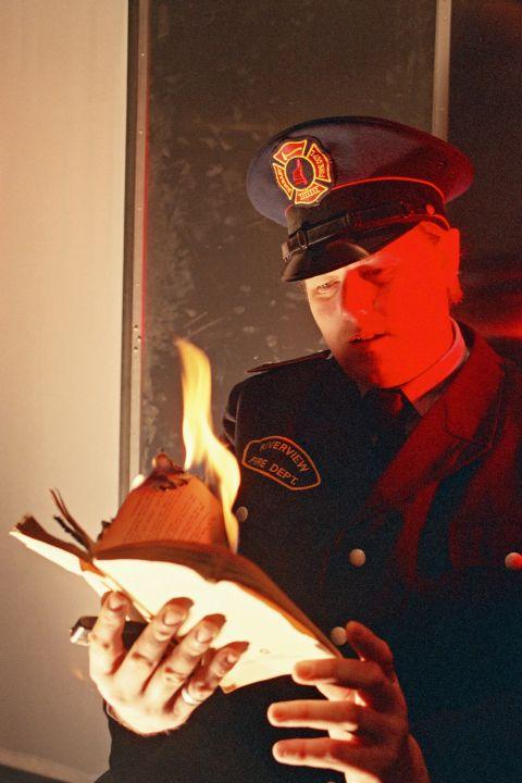Fahrenheit 451, (c) Paul Stebbings